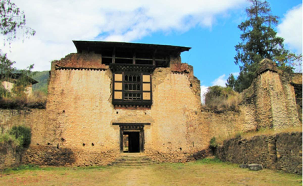 Drukgyel Dzong, Bhutan       Source: Chuck Moravec / CC BY 2.0