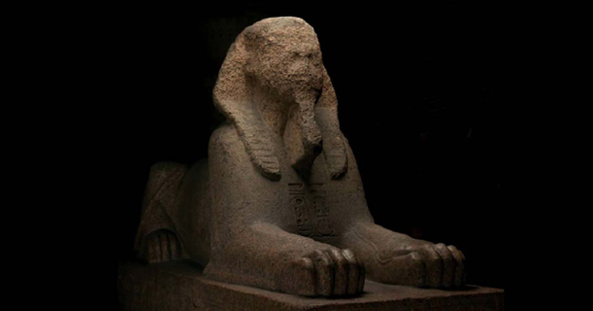 Granite sphinx of Rameses II, moved from Memphis Egypt to Philadelphia USA in 1913           Source: Penn Museum Archive.