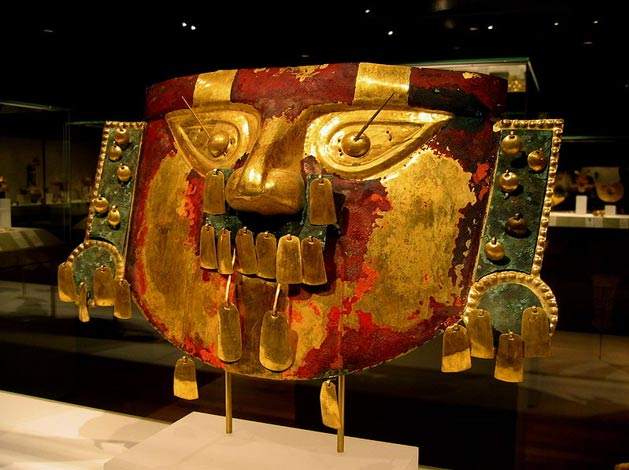 Funerary mask, Sican culture, Metropolitan Museum of Art, NYC, USA