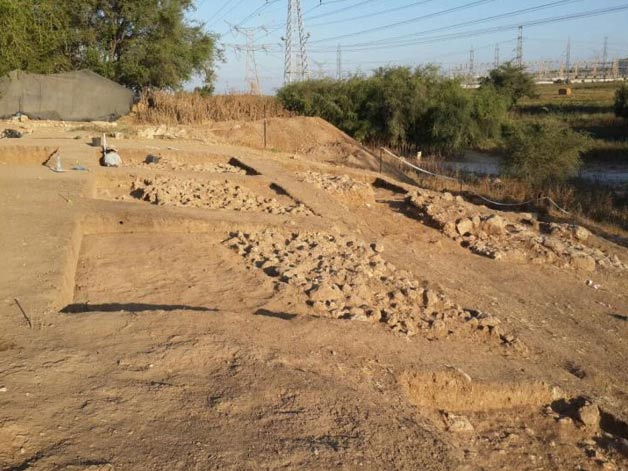 Uncovered walls and gate, Tel Zafit National Park, Israel (Archaeology )