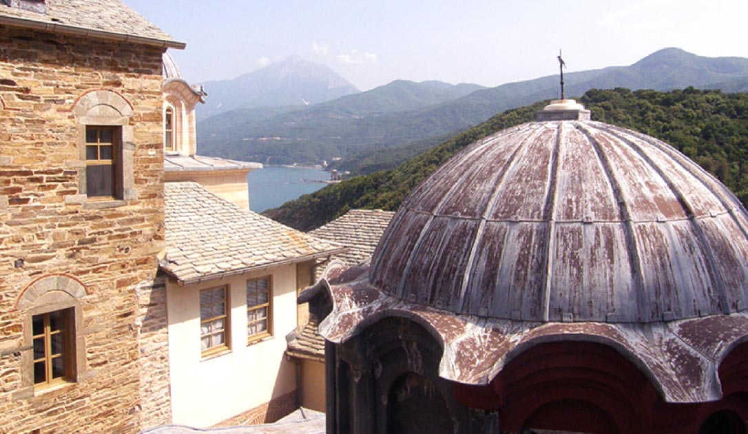 View over Mount Athos from the balcony of Pantokratoros monastery, on the north side of Agion Oros.          Source: Skoikopoulos / CC BY-SA 3.0