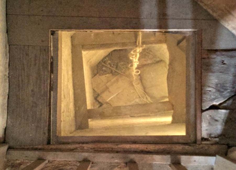 Scientists Unravel Secrets of a Hidden Room Within a Hidden Room in English Tudor Mansion