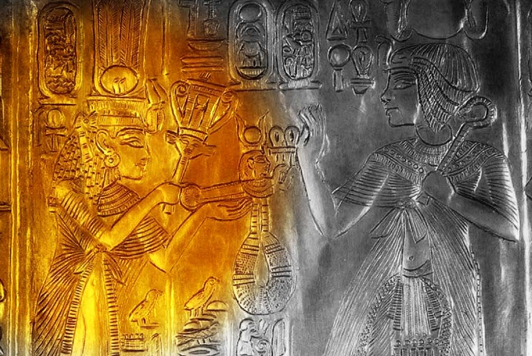 Detail from a replica of the small golden shrine found in KV62 that shows Ankhesenamun and Tutankhamun; design by Anand Balaji