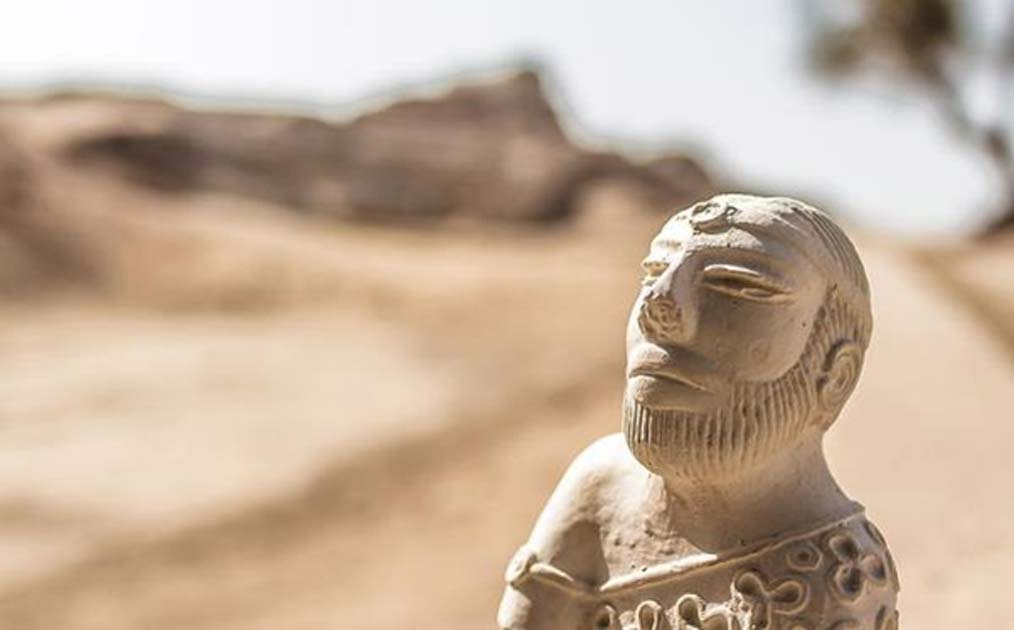 Indus priest/king statue found at Mohenjo–Daro, Pakistan. Some ancient Indus Valley technology could solve practical problems in today's world.