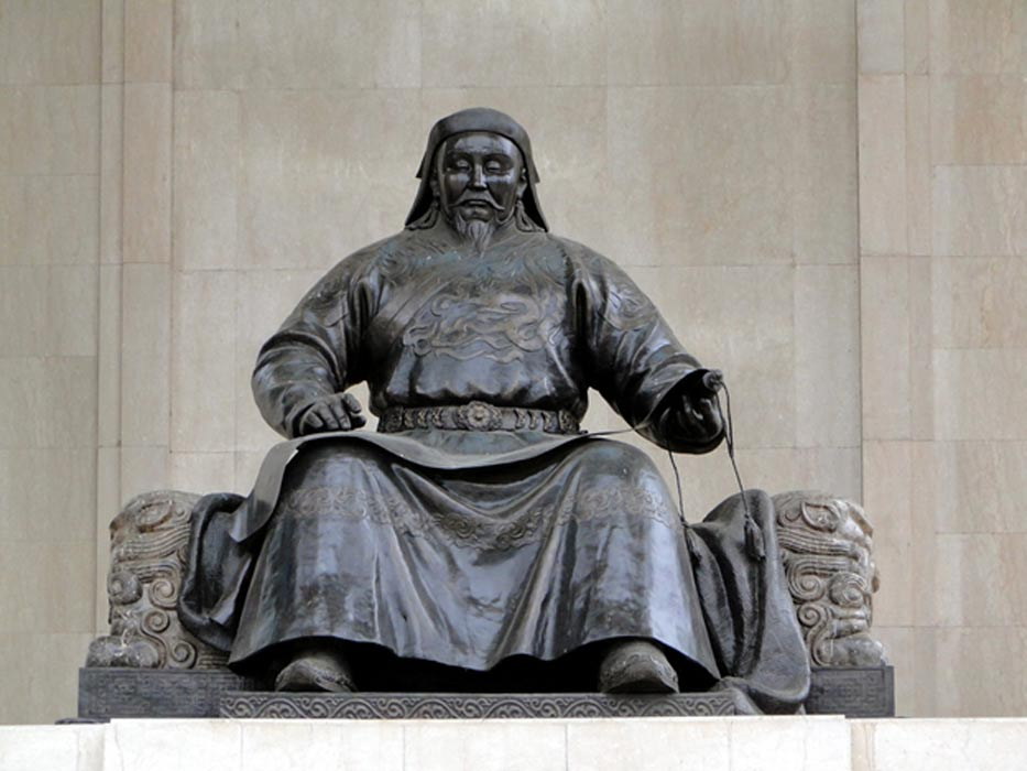 genghis khan the great leader of the mongol empire This mongol empire overview describes the most important aspects of this vast civilization one empire, the largest contiguous empire in the history of the world, stemmed from the brilliant efforts and leadership of one man, genghis khan genghis, his sons and grandsons, created this fast-spreading .