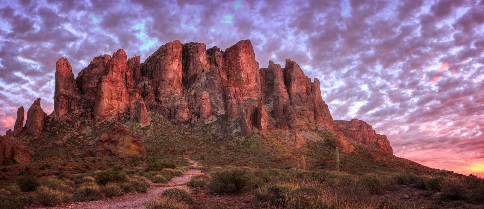 Searching for the Gold of the Lost Dutchman Mine in the Superstition Mountains