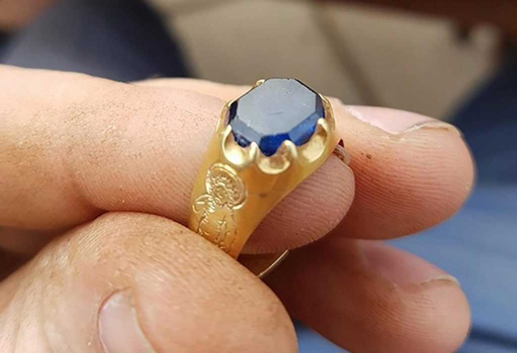 Medieval Ring Found in Robin Hood's Forest Hideout May Net Finder a Small Fortune