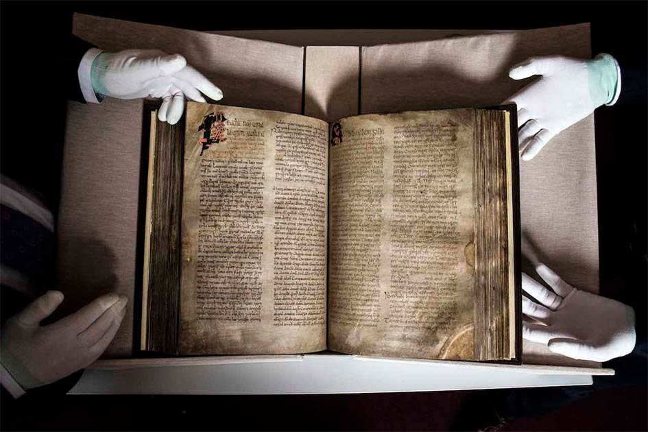 An Exceptional Medieval Irish Book Returns to Ireland
