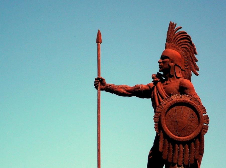 Monument to Cuauhtémoc in Veracruz, Mexico.
