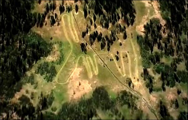Mysterious 6,000-year-old Moose Geoglyph in Russia