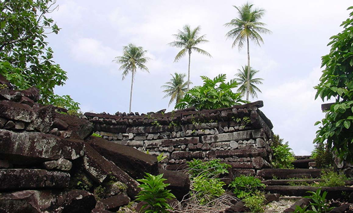 Age of First Chief's Ancient Tomb Reveals Pacific Islanders Invented New Kind of Society