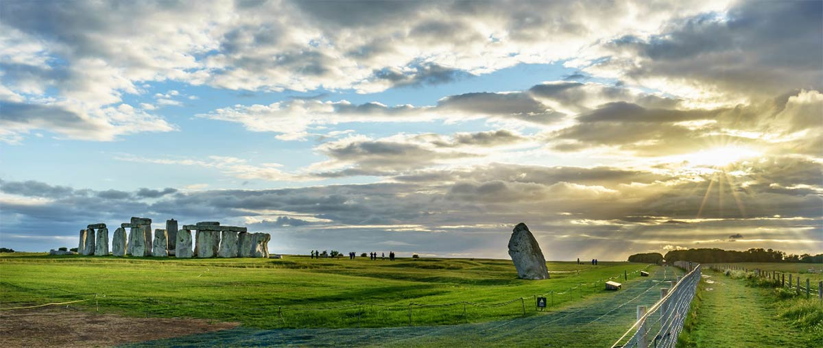 A massive Neolithic circle has been detected in the landscape of Durrington Walls. Source: offcaania / Adobe Stock
