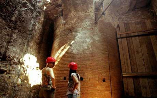 Revolving Dining Room In Emperor Nero S Luxurious Palace