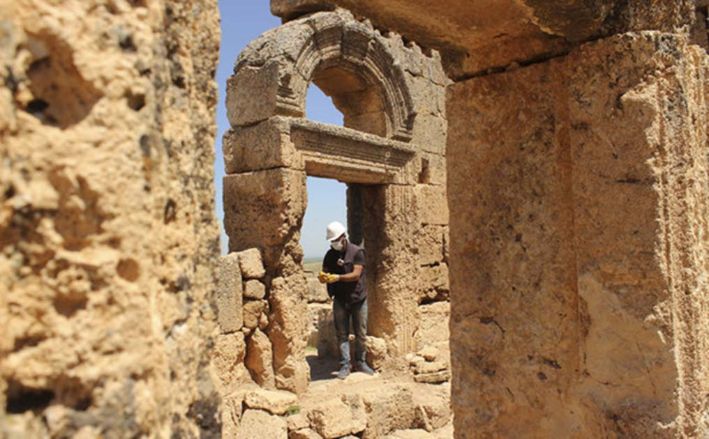 The complex includes both Christian and Mithraic places of worship, a huge castle, underground features, rock-cut tombs, and water channels.