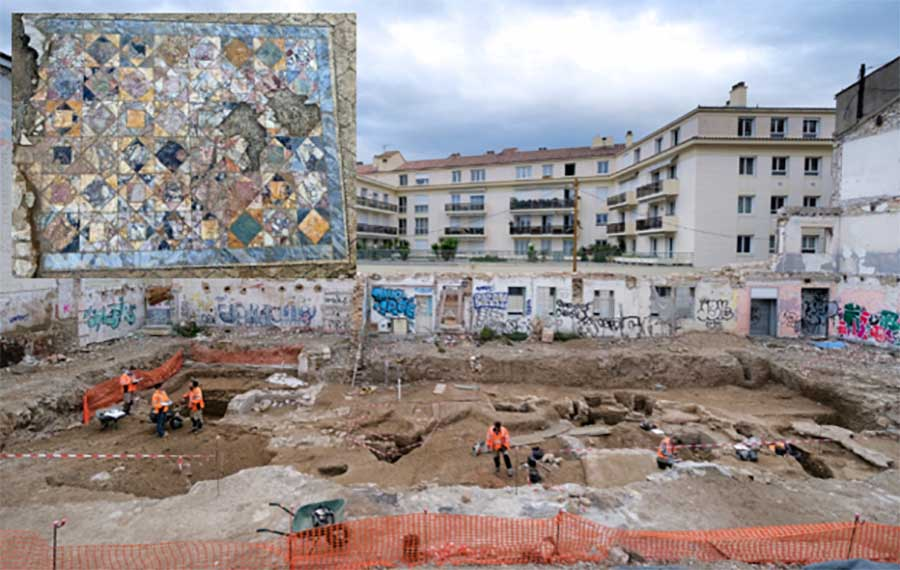 The excavation in central Nimes where the two opulent Roman domus townhouses were recently discovered. Inset, close up of the mosaic.