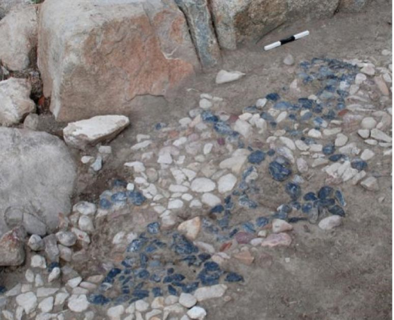Closeup of the Bronze Age mosaic at Usa̧klı Höyük. Source: Anacleto D'Agostino / Usa̧klı Höyük Archaeological Project