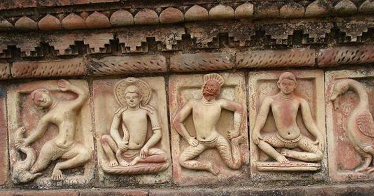 Central shrine decor at Somapura Mahavihara, a Buddhist center of learning from the Pala empire.
