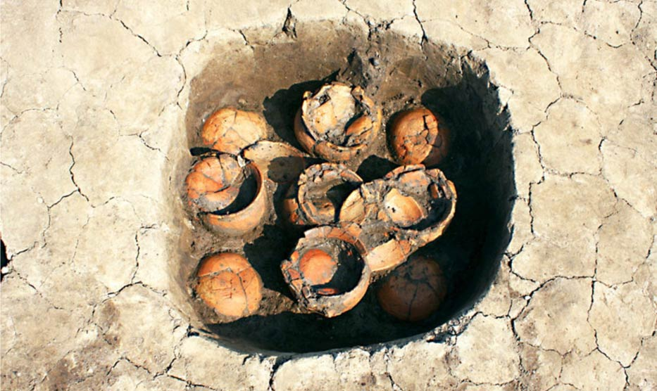 Rare ritual jars found buried under ancient ruins in Japan