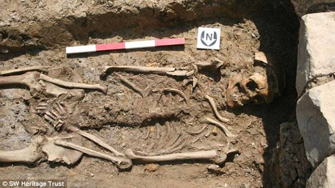 Earliest Remains of Monks, Who May Have Known King Arthur, Unearthed in England