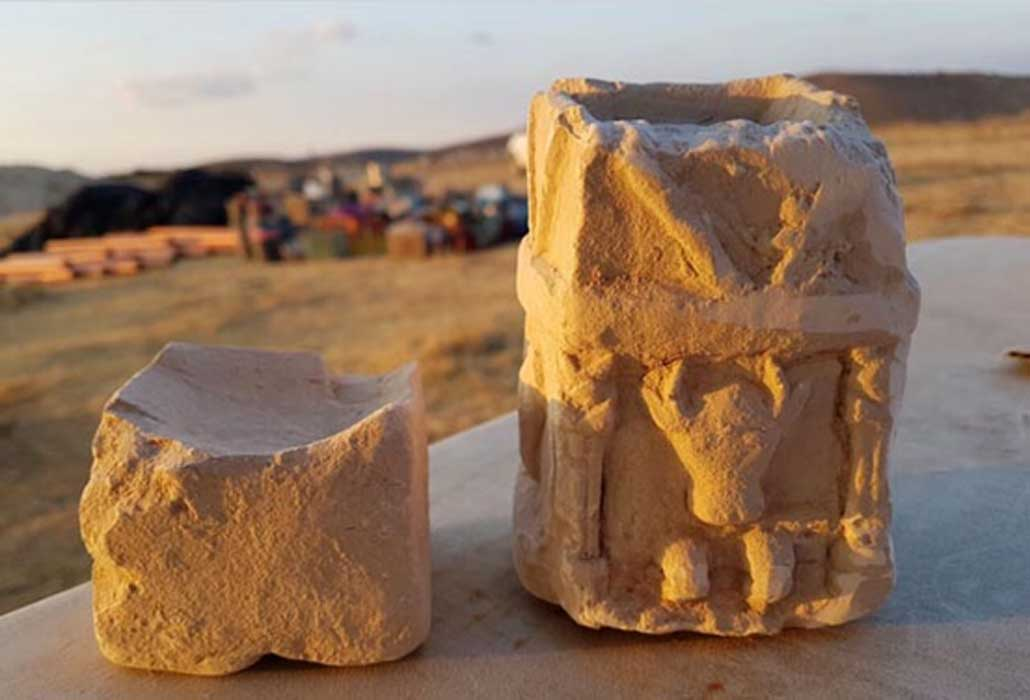 Two cultic incense altars found in one of the rooms of the structure (Image: Michal Haber, Israel Antiquities Authority)