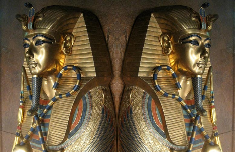 Sarcophagus of Tutankhamun double image