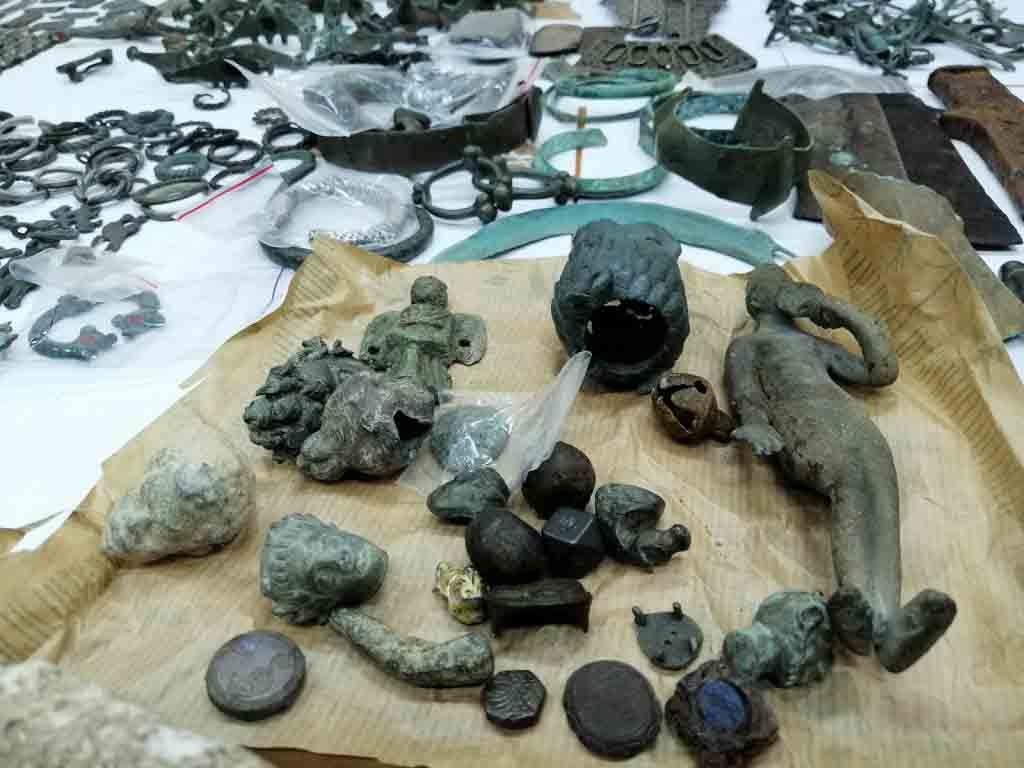 Lockdown Looting: Massive Hoard of Stolen Serbian Artifacts Seized