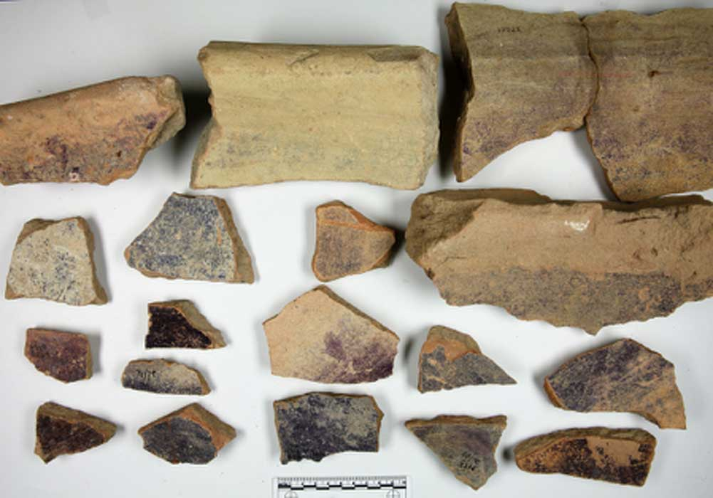 Phoenician pottery shows evidence of shell-dye factory producing Biblical dye.