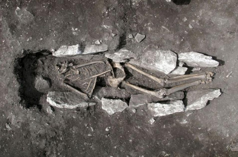 Skeleton 3,000 years old lends credence to claims of Ancient Greeks sacrificing humans