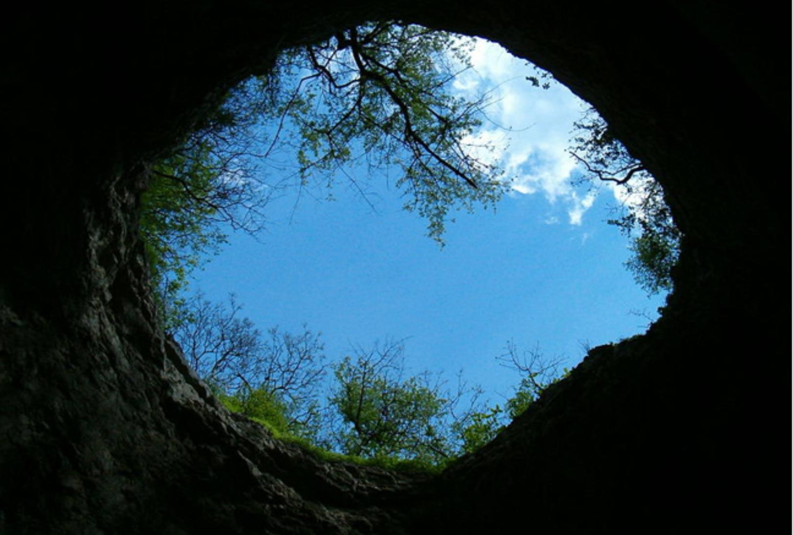 Sezlim Cave