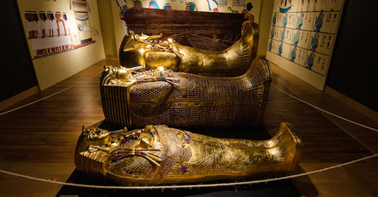 significant artefacts found in king tuts The tomb of egypt's boy-king tutankhamun was discovered on november 4, 1922 by english archaeologist howard carter  egyptian treasures found in tutankhamun.