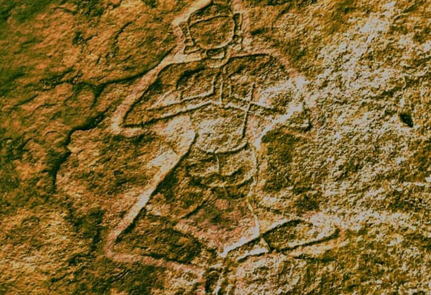 The yogi above the altar was found carved into a rock surface of Kudakumalai Cave near Pudukottai.