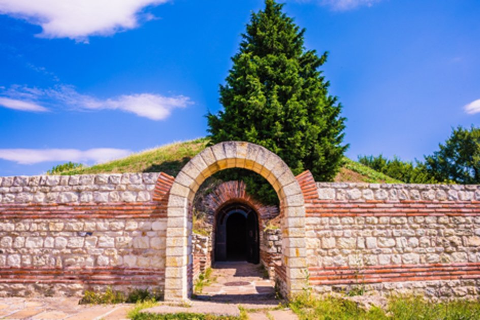 Entrance to the Ancient Thracian tomb Heroon in Pomorie, Bulgaria. Source: Ekaterina Senyutina / Adobe Stock