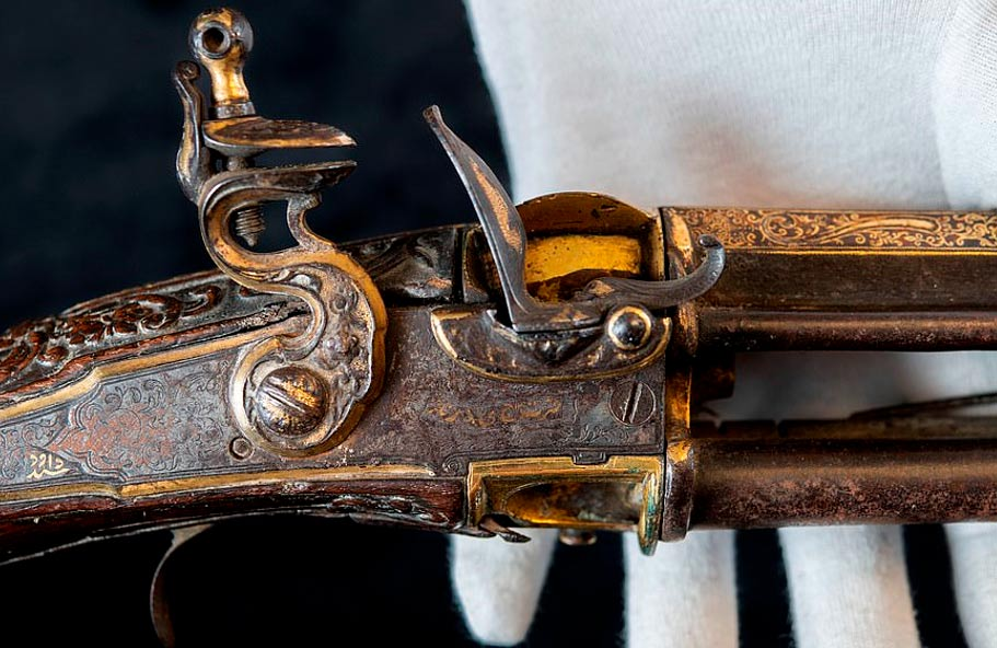 Centuries-Old Sword and Gun Found in Attic Belonged to Famous Sultan