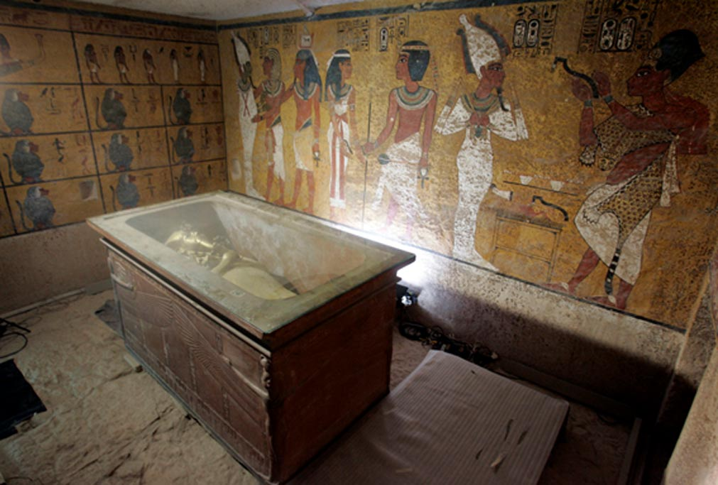 King Tut Tomb Discovery: Debate Surges In Place Of Discovery In Tomb Of Tutankhamun