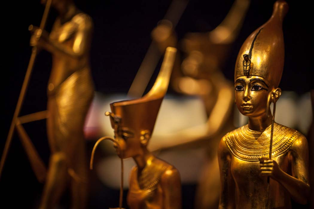 Golden treasures that were found inside Tutankhamun's tomb.