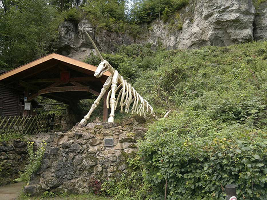 The public entrance to the Unicorn Cave.