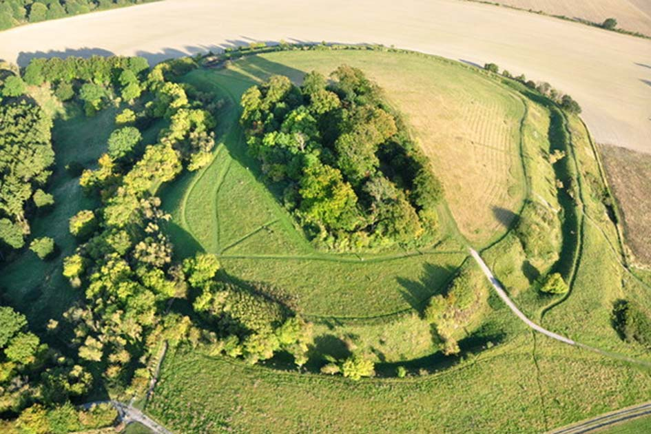 Wittenham Clumps: Ancient Earthworks Haunted by Gods Long Forgotten