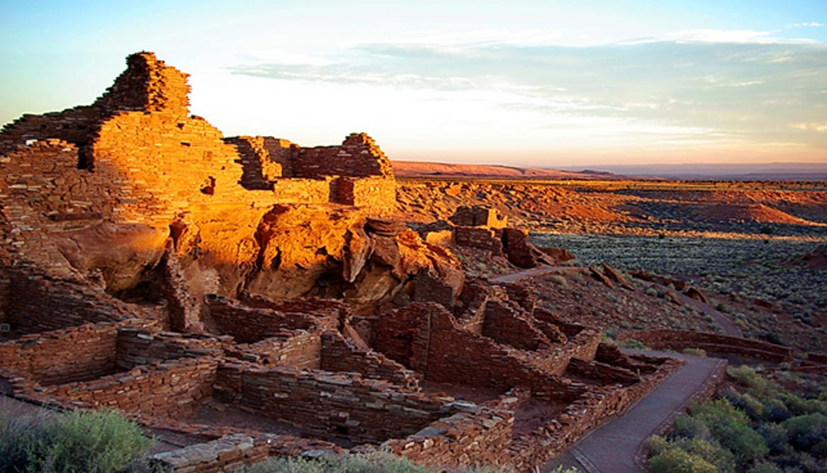 More Than 1 500 Petroglyphs Including A Solar Calendar