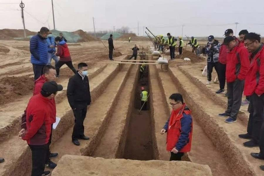 The Xianyang International Airport construction site where some of the thousands of new Xian tombs were recently discovered.          Source: Cultural Heritage Bureau of Shaanxi