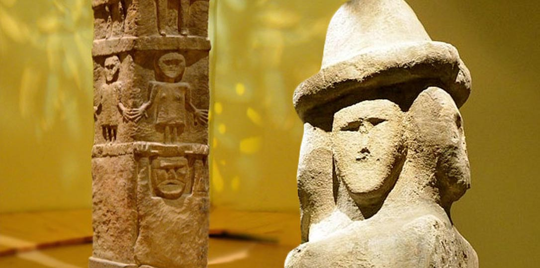 Detail, the sides and faces of the enigmatic Zbruch Idol.