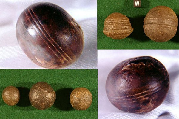 2.8-Billion-Year-Old Spheres Found in South Africa