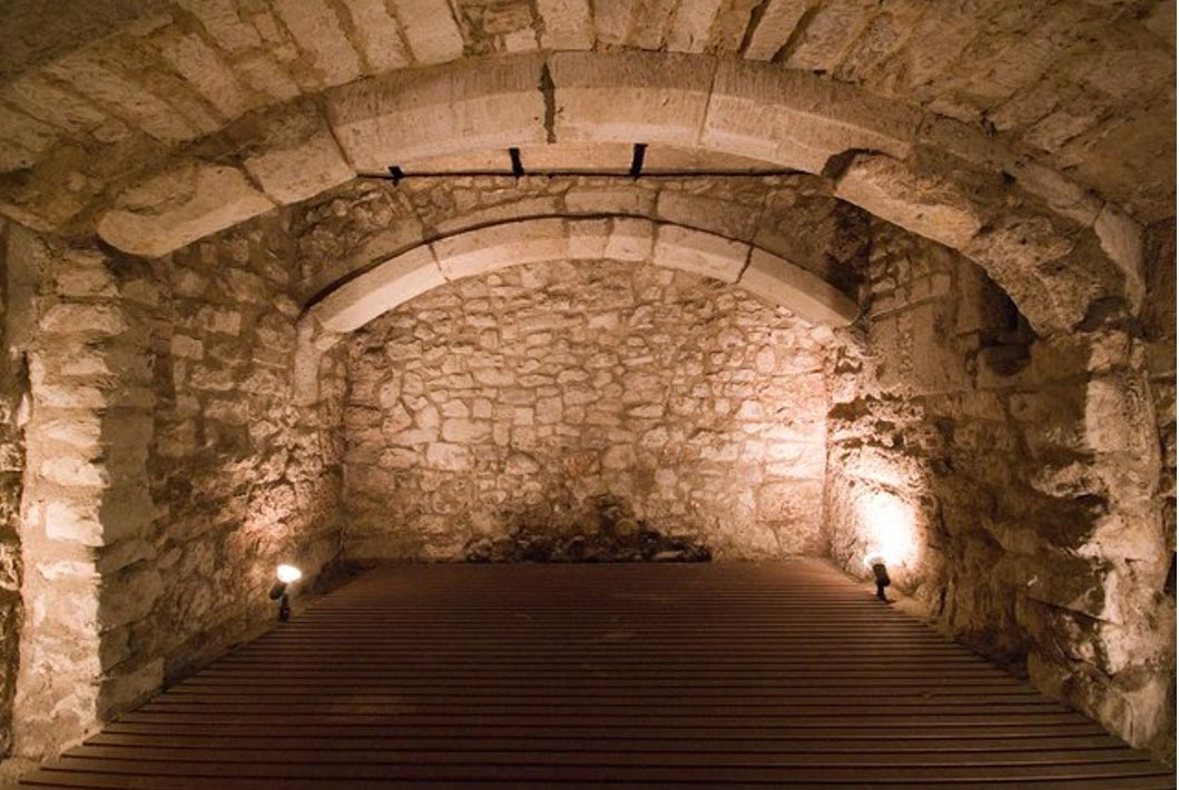 "15th century the basement of a ""market house"" used as a prison"