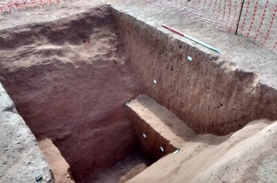 Exeter: The photo shows a trench across the enclosure ditch