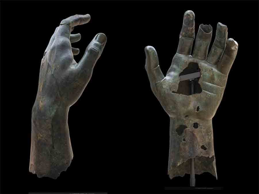 Statue of Emperor Constantine Reunited with Giant Bronze Finger After 500 Years