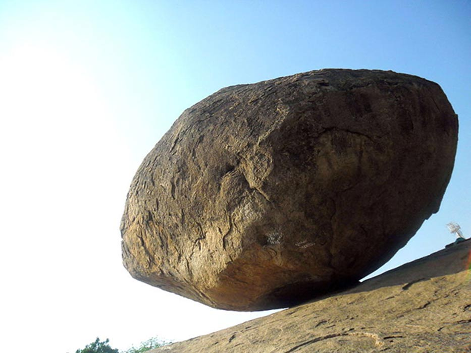 Krishna Butter Ball: 250 Ton Boulder that Defies the Laws of Physics