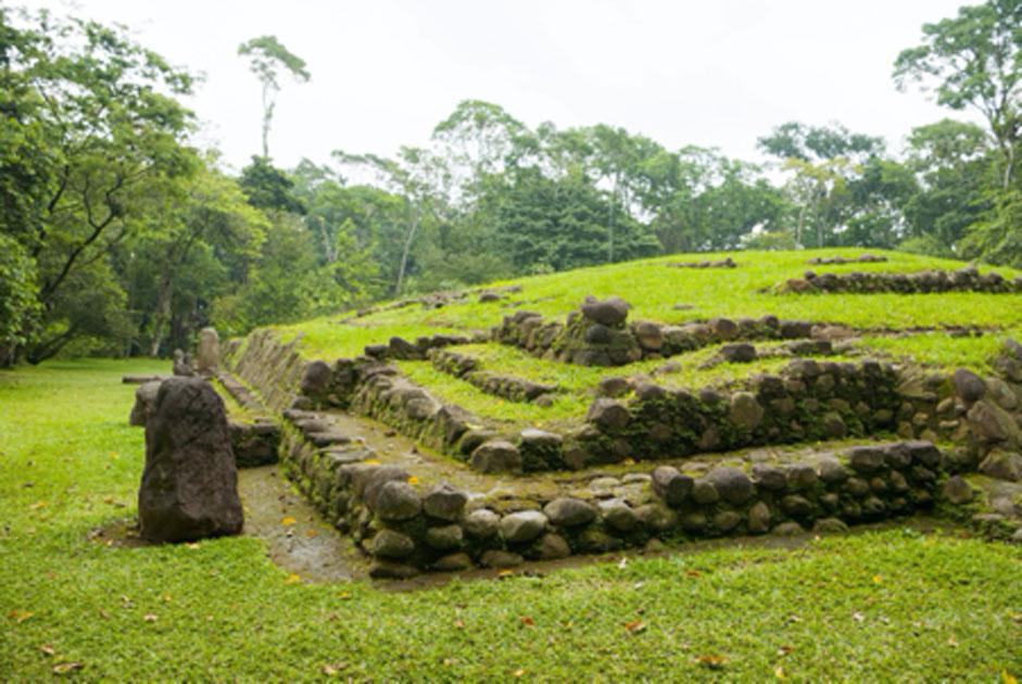 Maya ruins.  Source: Byron Ortiz / Adobe Stock