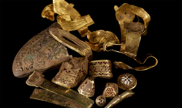 Jew Detector: British Archaeologists Take On Treasure Hunters