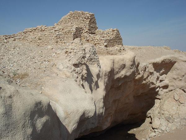 Iram of the Pillars Fortress - Sinkhole collapse