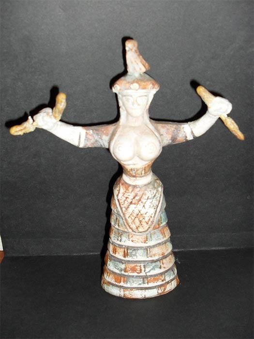Minoan Snake Goddess (©Courtesy Micki Pistorius)