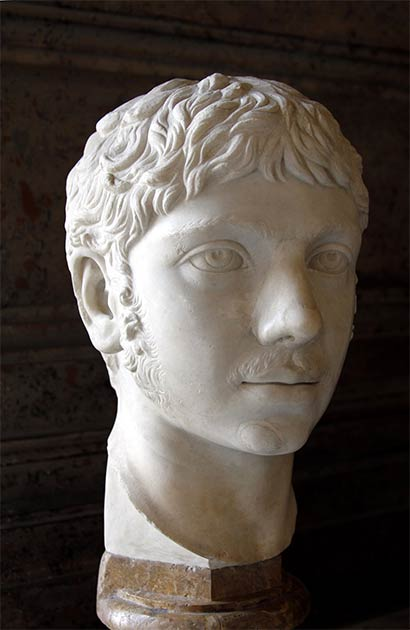 An ancient marble bust of Elagabalus that is part of the Capitoline Museums collection in Rome. (© José Luiz Bernardes Ribeiro)